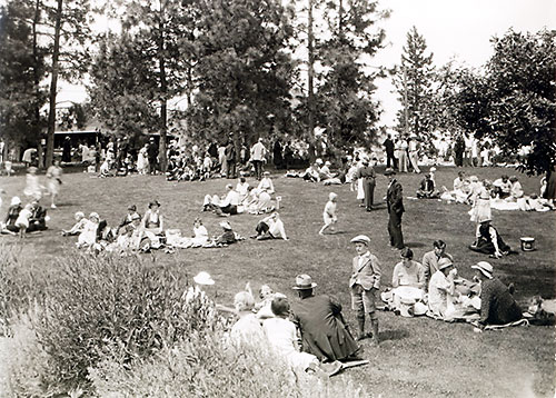 Archived photo of a picnic at the Summerland Ornamental Gardens
